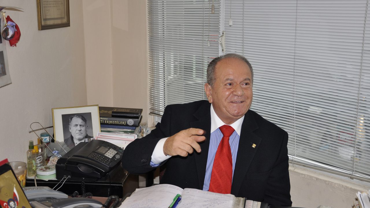 """""""Ne Mutlu Türküm Diyene"""" Demekten Onur Duyan Bir Ermeni"""