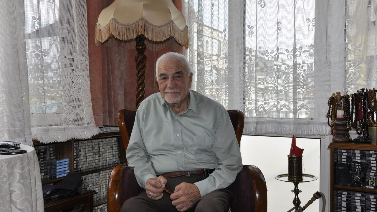 """Dede-torun """"Talat Mümtaz""""lardan Sepetçioğlu'na, müzikten Kastamonuspor'a, ticaretten dernekçiliğe"""
